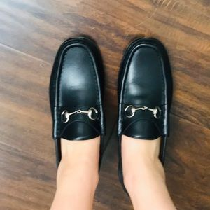 AUTHENTIC GUCCI HORSBIT LOAFERS